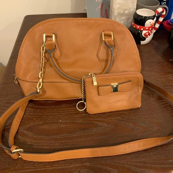 Handbags - Purse and Wallet Set